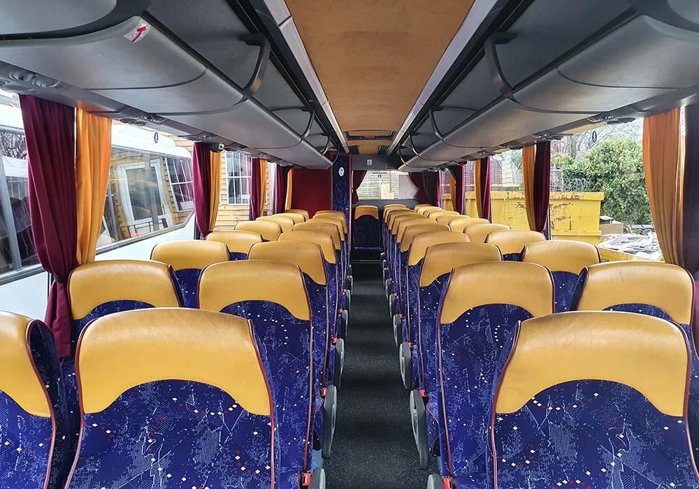 39-seater-interior