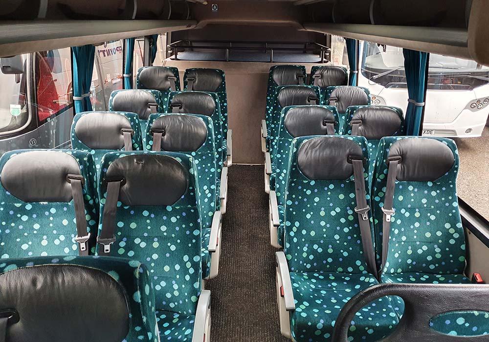 18 seater coach