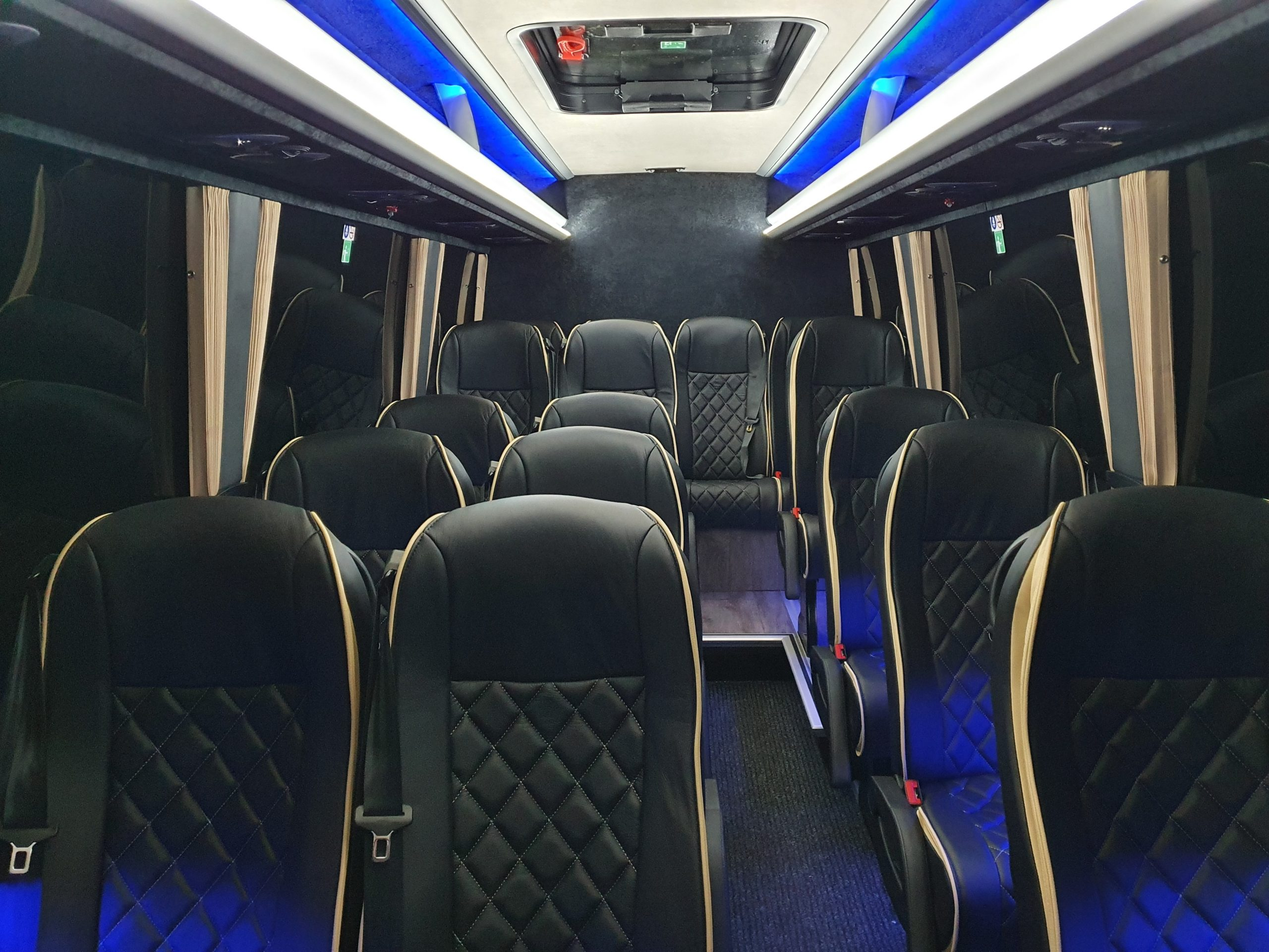16 Seater 01
